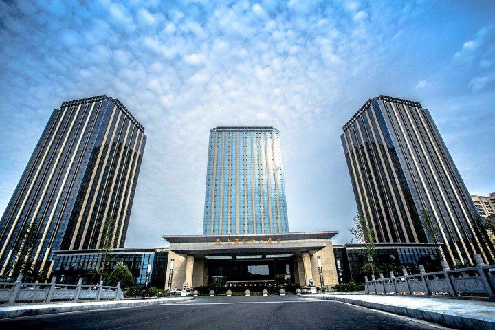 <b>【校企合作】上海富悦大酒店</b>